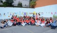 Toplum Gönüllüleri Vakfı Rengarenk Bir Okul Yaratıyor