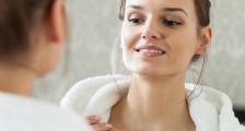 Boyun Kırışıklıkları Nasıl Azaltılır?